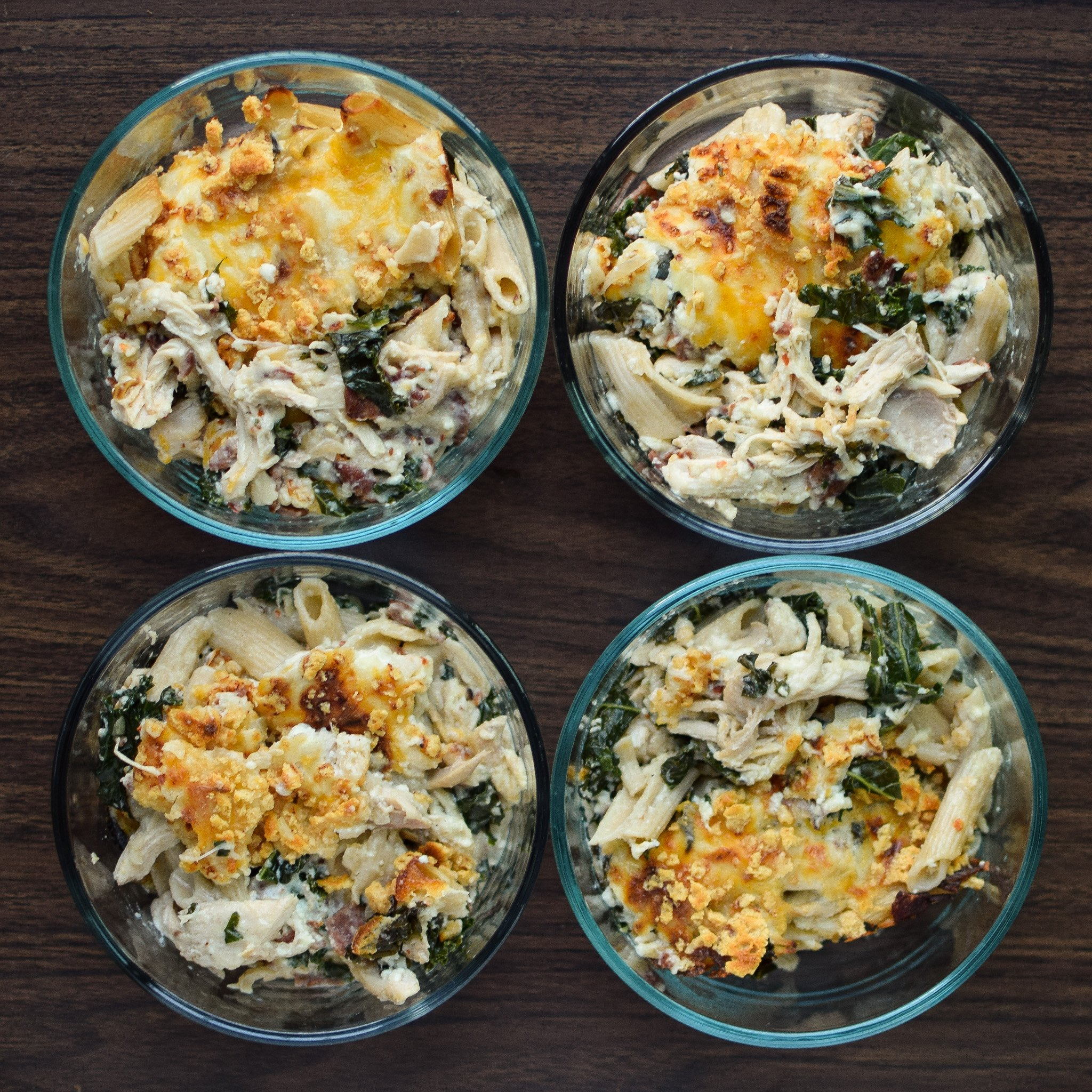 Cheesy Chicken Bacon Ranch Kale Casserole - A healthy and creamy combo of brown rice pasta, kale, chicken, greek yogurt and more! - ProjectMealPlan.com