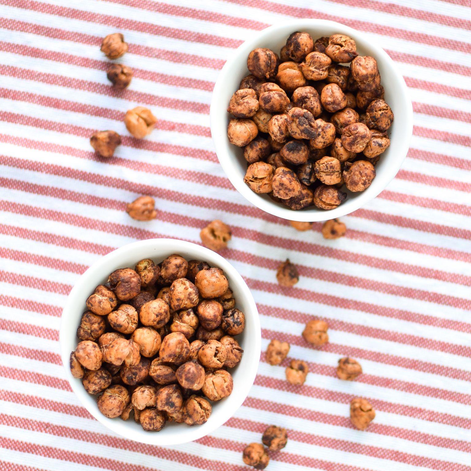 Crispy Cinnamon Roasted Chickpeas