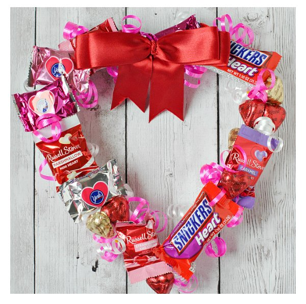 14 Valentine's Day Ideas to Prepare Ahead - from ProjectMealPlan.com