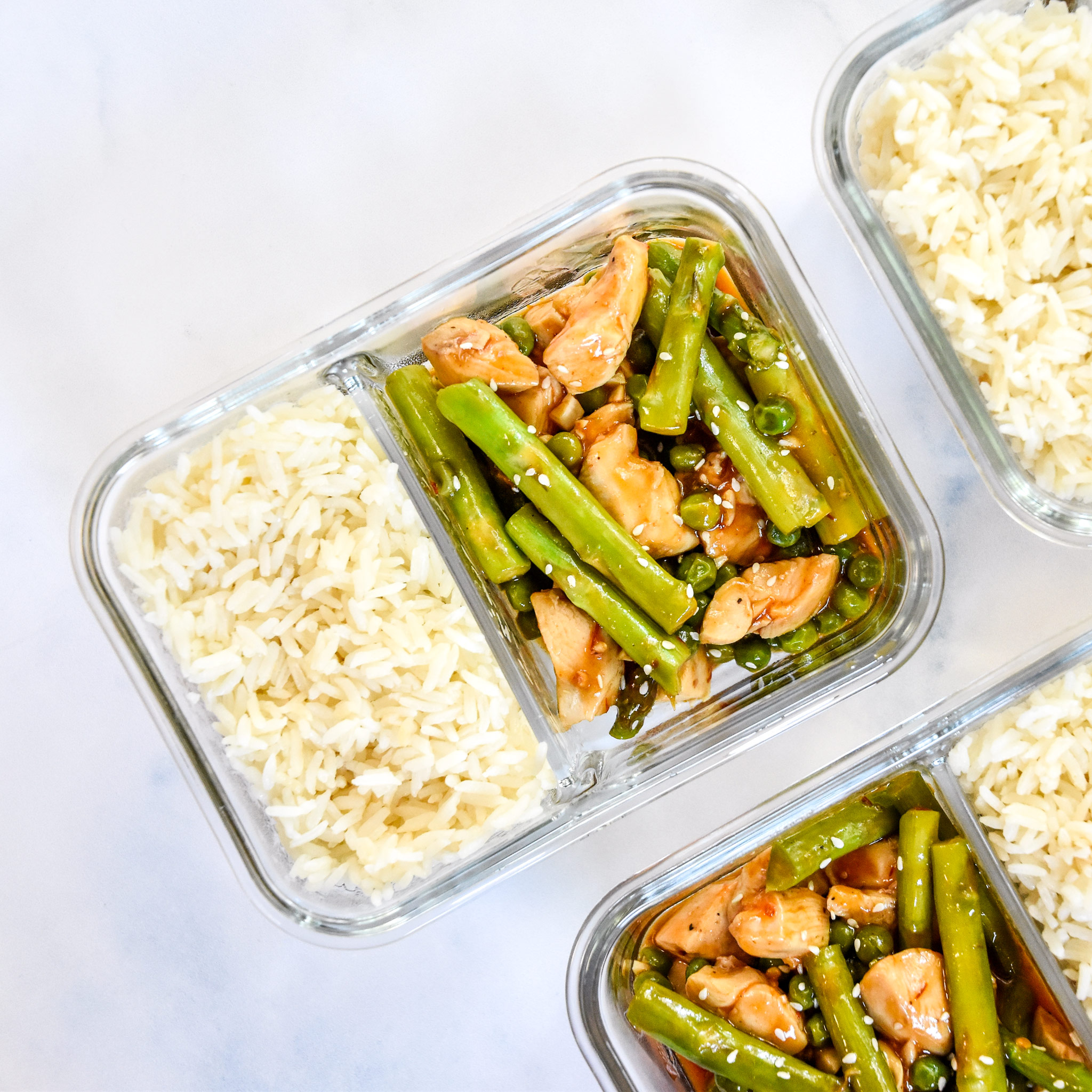 meal prep spicy chicken asparagus meal